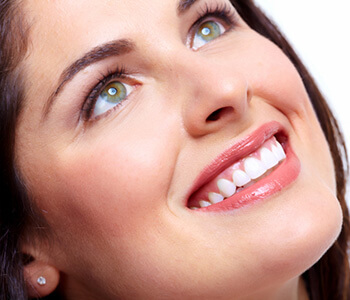 How Teeth Whitening Works in Calgary area